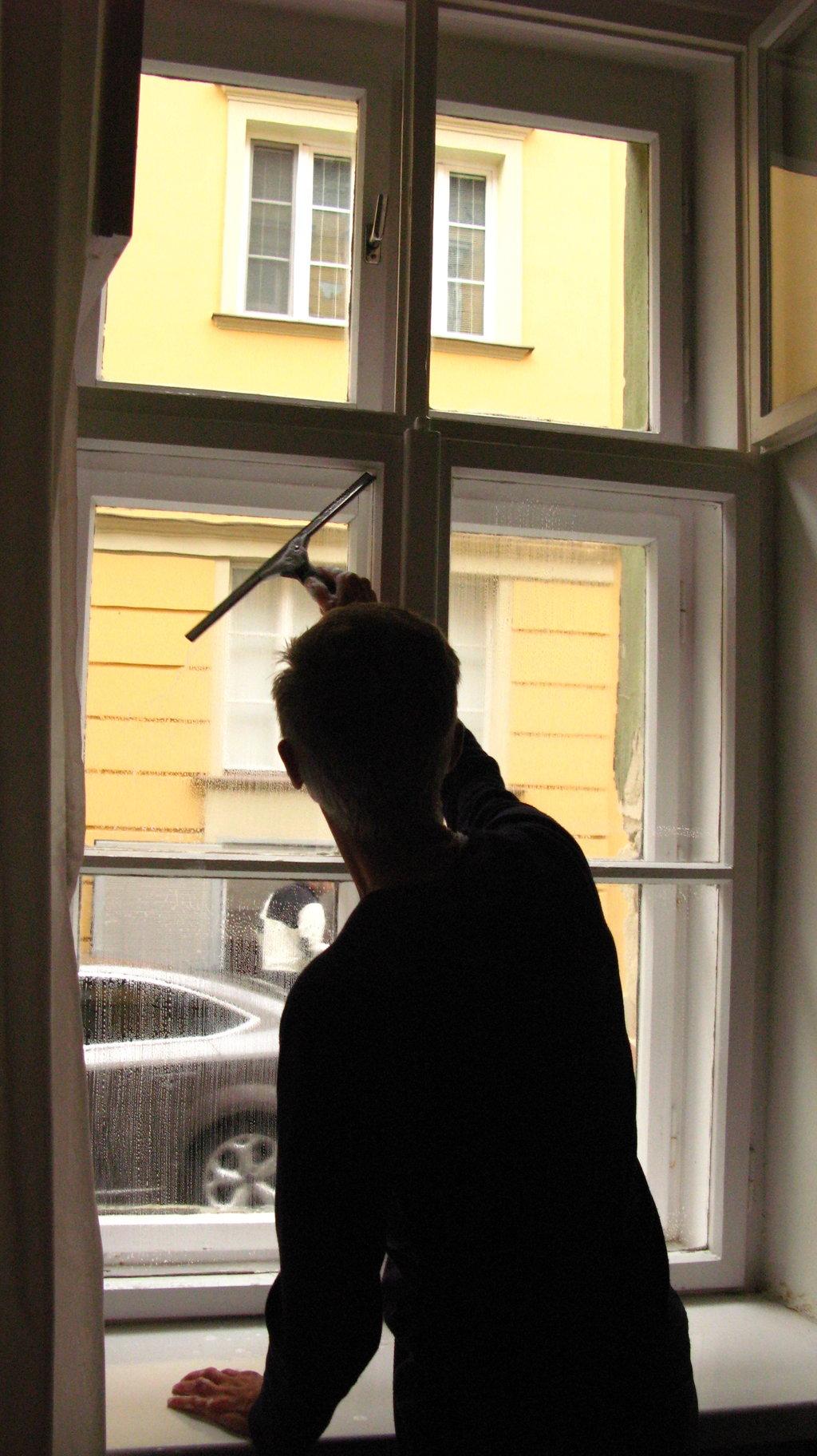 Umývanie okien domácností afiriem Žilina